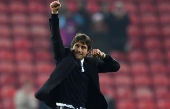 Antonio Conte vince la Premier League